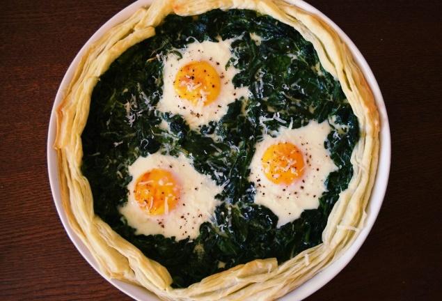 tarta ze szpinakiem i jajkami